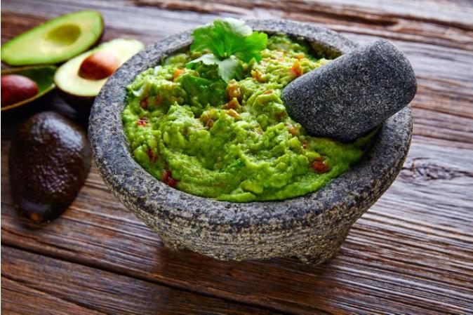 Идеальный гуакамоле: как приготовить легендарный соус
