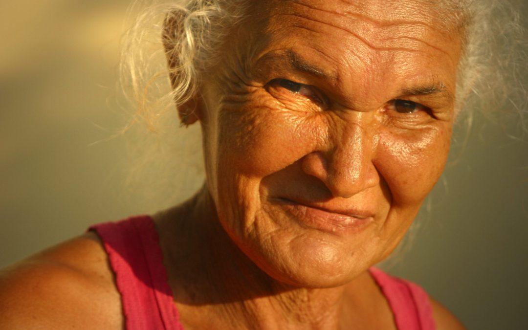 Не делайте так, если не хотите выглядеть старше раньше времени