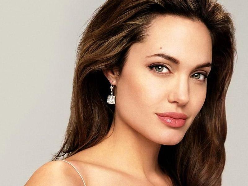 10 секретов красоты от Анджелины Джоли