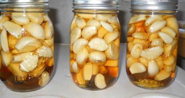 Чеснок, яблочный уксус и мед: сочетание, которое лечит многие заболевания!