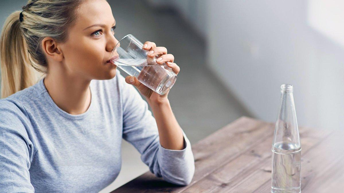 4 простых утренних ритуала, которые вылечат боли в суставах, гипертонию, ожирение и не только
