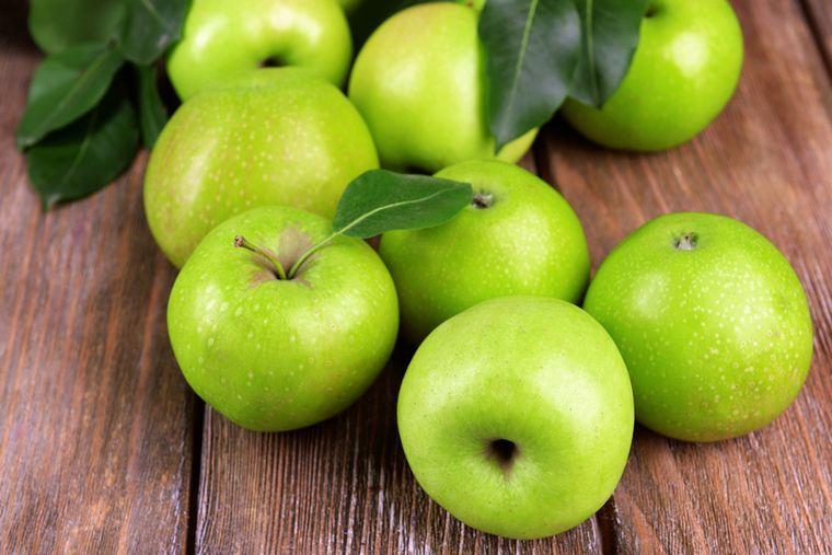 Блестящий результат с яблочной диетой: минус 10 кг за неделю!