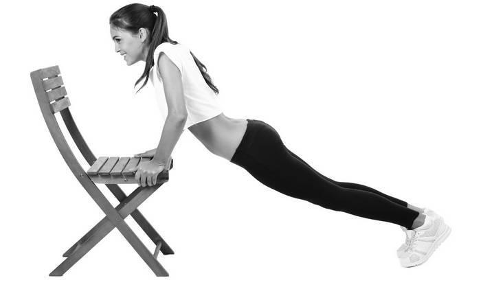 Упражнения для придания и поддержания естественной формы груди